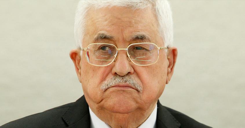 صورة محمود عباس يعتب على إسرائيل لاغتيالها باسل الأعرج دون القيام بالتنسيق الأمني معه
